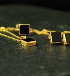 set gold schwarzer stein