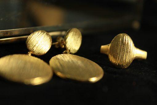 set handmade gold